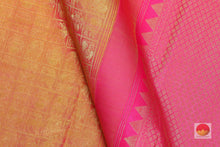 fabric detail of silk yarn in kanjivaram pure silk saree