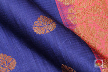 fabric detail of yarn in banarasi matka silk saree