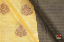 fabric detail of yarn in banarasi silk cotton saree