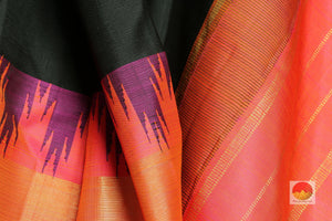 fabric detail of silk yarn in black  kanjivaram silk saree