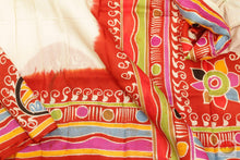 Load image into Gallery viewer, body, border and pallu of batik silk saree