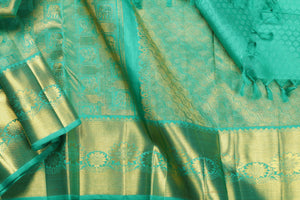 Traditional design kanjivaram pure silk sari in green