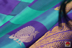 Borderless - Handwoven Pure Silk Kanjivaram Saree - Pure Zari - G 1896 Archives