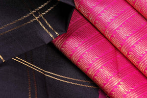 fabric view of kanjivaram silk saree