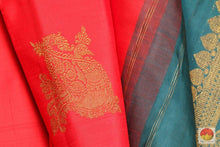 Borderless Handwoven Pure Silk Kanjivaram Saree - Pure Zari - PV 3488 Archives