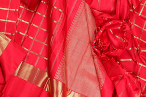 drape of kanjivaram pure silk saree