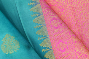 fabric detail of silk yarn in green kanjivaram silk saree