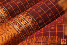 fabric texture of silk cotton saree