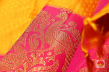 fabric detail of yarn in kanjivaram silk saree