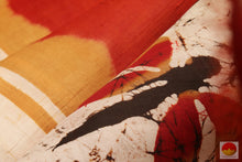 Load image into Gallery viewer, fabric texture of batik silk saree
