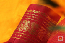 fabric texture of silk yarn in 9 yards kanjivaram pure silk saree