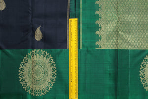 Traditional Design Handwoven Pure Silk Kanjivaram Saree - Pure Zari - PVM 0518 1401 Archives