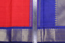Load image into Gallery viewer, Traditional Design Handwoven Kanjivaram Pure Silk Saree - PVA 0418 1347 Archives