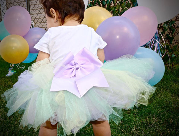 Custom Birthday Outfits, Smash Cake Outfits, Handmade Tutus, Handmade in Canada