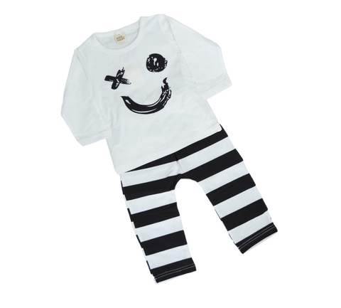 Smile Outfit Sets | Stinky Bunny cute kids outfit sets, affordable kids fashion outfits, matched outfits for toddlers