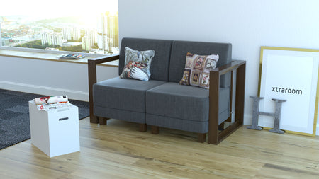 Scorpius Sofa with Flip Table