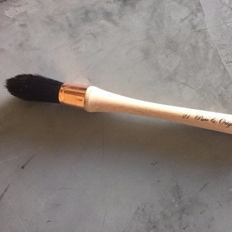 Round Brush - Pure & Original Paint Brush