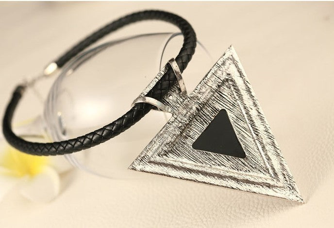 Fashion Choker Statement Necklace Triangle Pendants Rope Chain Boho Necklace