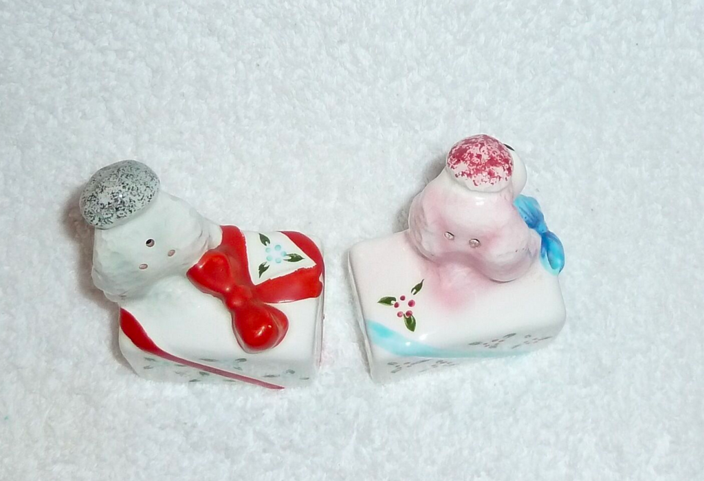 Vintage PY Poodle Dog Present Gift Box Salt Pepper Shakers Anthropomorphic
