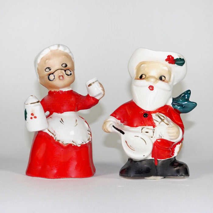 Vintage Christmas Santa Mrs Claus Menschik Goldman M-G Western Cowboy Salt and Pepper Shakers 1950s Japan