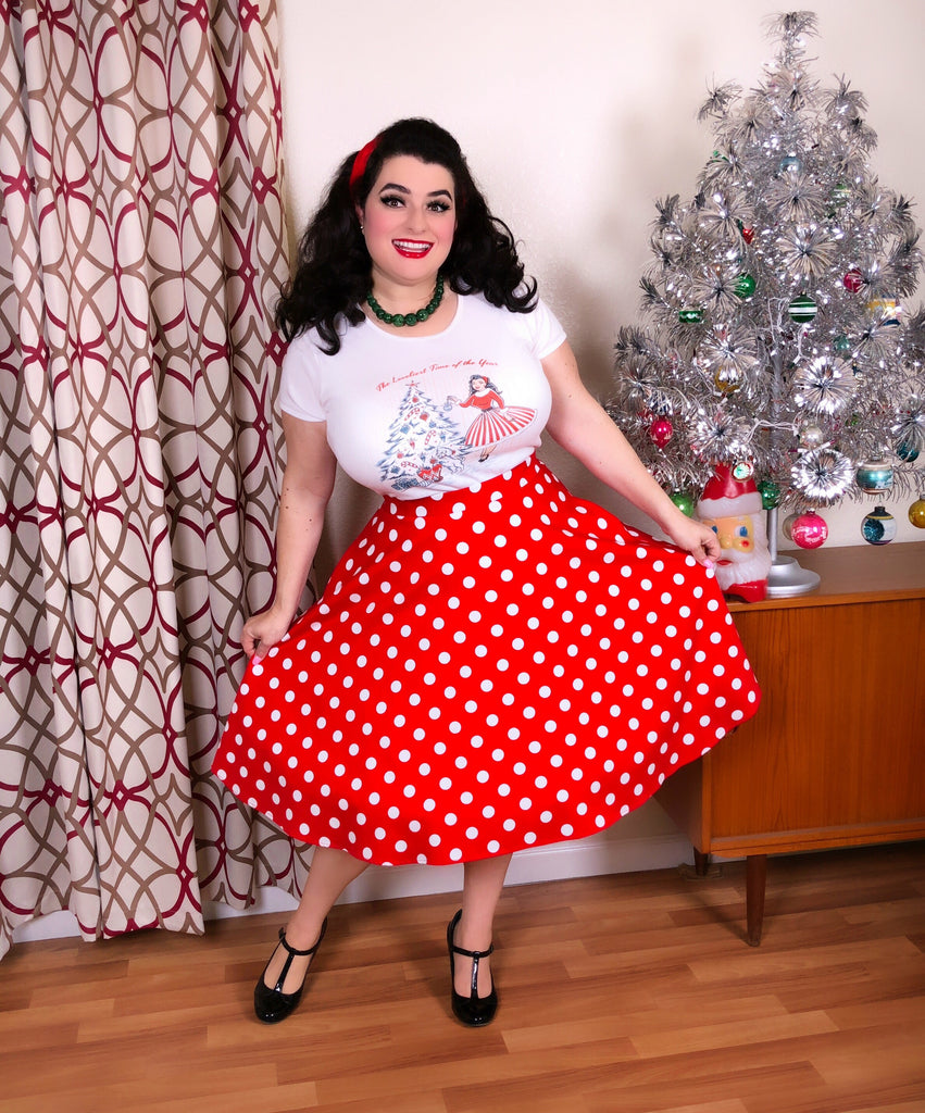 Holiday Pinup Girl Decorating Christmas Tree Print Cotton T-Shirt