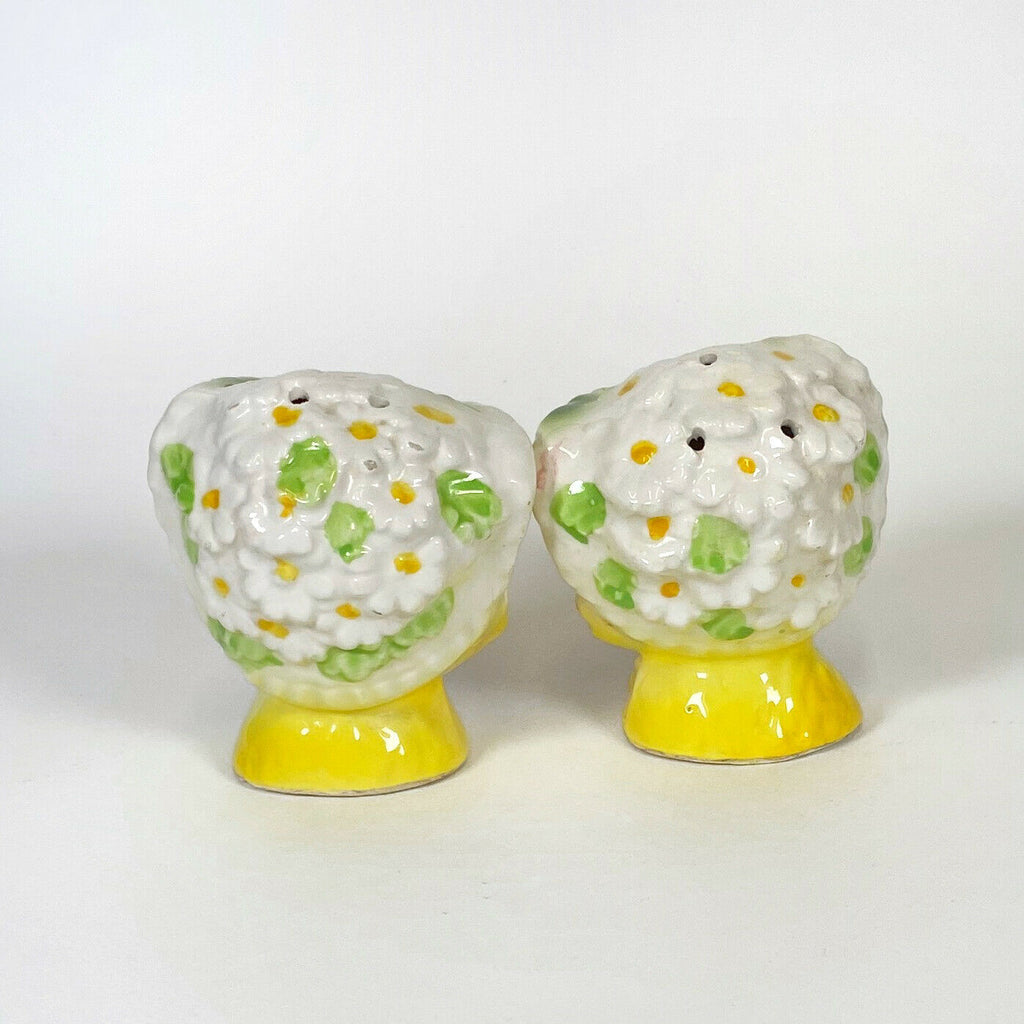 Vintage Enesco Winking Kitty Miss Priss Cat Salt and Pepper Shakers Yellow Retro