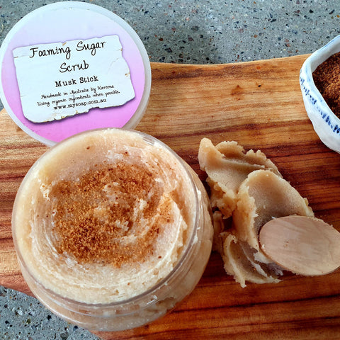 Musk Stick foaming sugar scrub