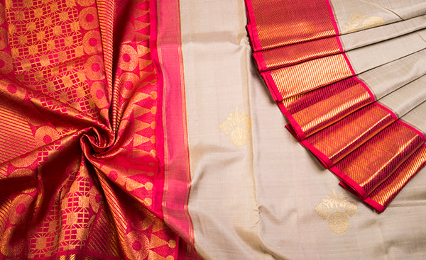 Cream & Peach-Pink Pure Kanchipuram Handloom Silk Saree