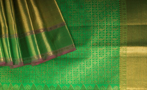 Parrot Green Pure Kanchipuram Handloom Silk Saree With Pure Zari