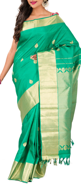 Green Pure Kanchipuram SIlk Saree With Half Fine Zari