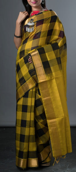 Traditonal Silk Cotton Saree with Checks