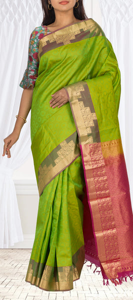 Parrot Green & Magenta Lightweight Kanchipuram Handloom Silk Saree