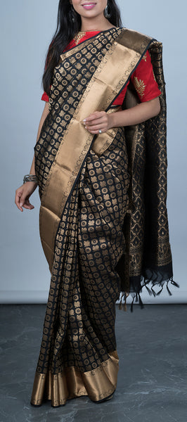 Black Lightweight Kanchipuram Silk Saree
