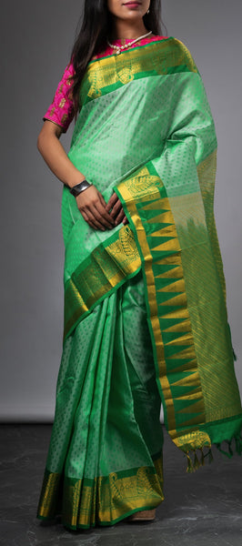 Sea weed green Lightweight Kanchipuram Silk Saree