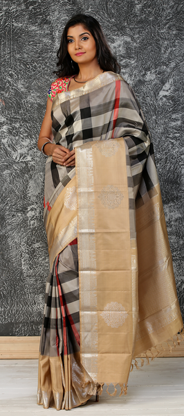 Black & Beige Pure Kanchipuram Handloom Silk Saree With Pure Zari