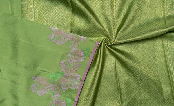 Parrot Green Kanchipuram Silk Saree