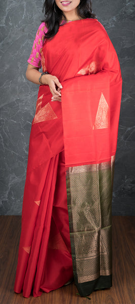 Red Borderless Softsilk Saree