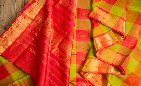 Red & Green Lightweight Kanchipuran Handloom Silk Saree