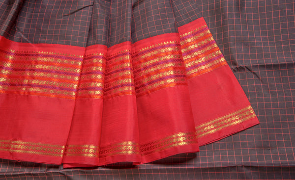 Black & Dark Pink Pure Kanchipuram Handloom Silk Saree With 1G Zari