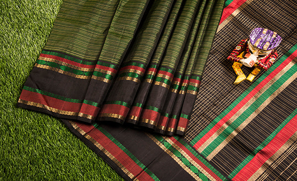 Bottle Green Kanchipuram Silk Saree with Vaira Oosi Zari Work
