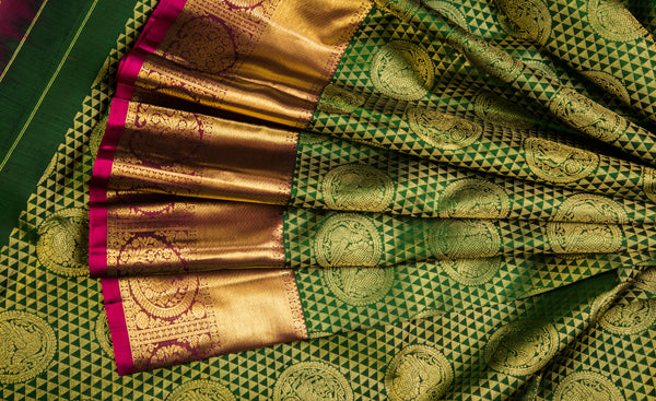 Bottle Green & Magenta Bridal Pure Kanchipuram Handloom Silk Saree With Half Fine Zari