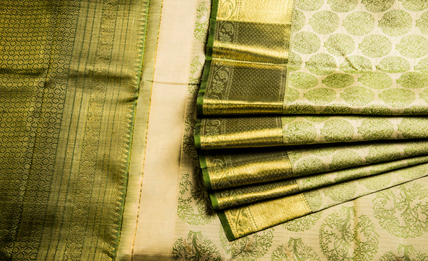Cream & Green Pure Kanchipuram Handloom Silk Saree With Half Fine Zari