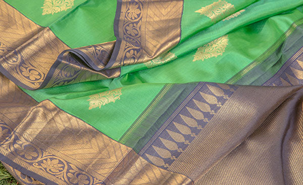 Green & Navy Blue Pure Kanchipuram Handloom Silk Sari With Pure Zari