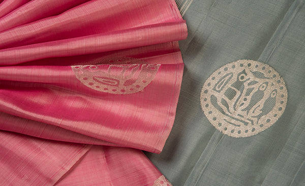 Borderless pink and grey kanchipuram silk saree