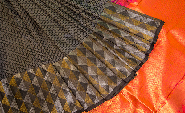 Black Pure Kanchipuram Silk Saree With Pure Zari