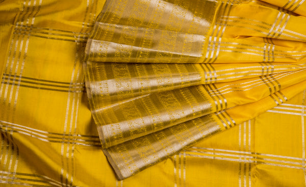 Yellow Exclusive Pure Kanchipuram Handloom Silk Saree With Pure Zari