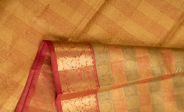 Beige & Red  Pure Kanchipuram Handloom Bridal Silk Saree With Pure Zari