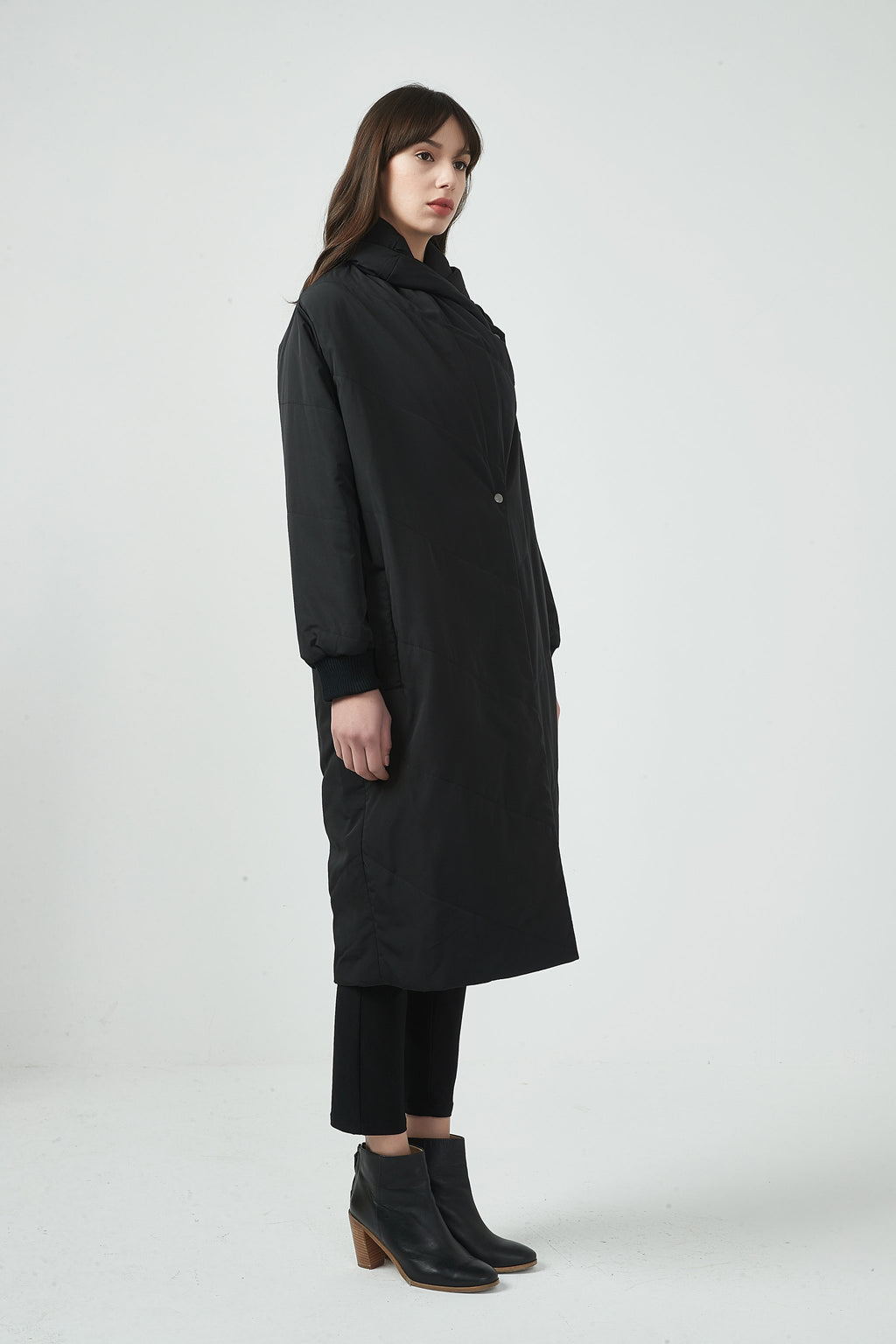 PADDED LONG COAT - BLACK