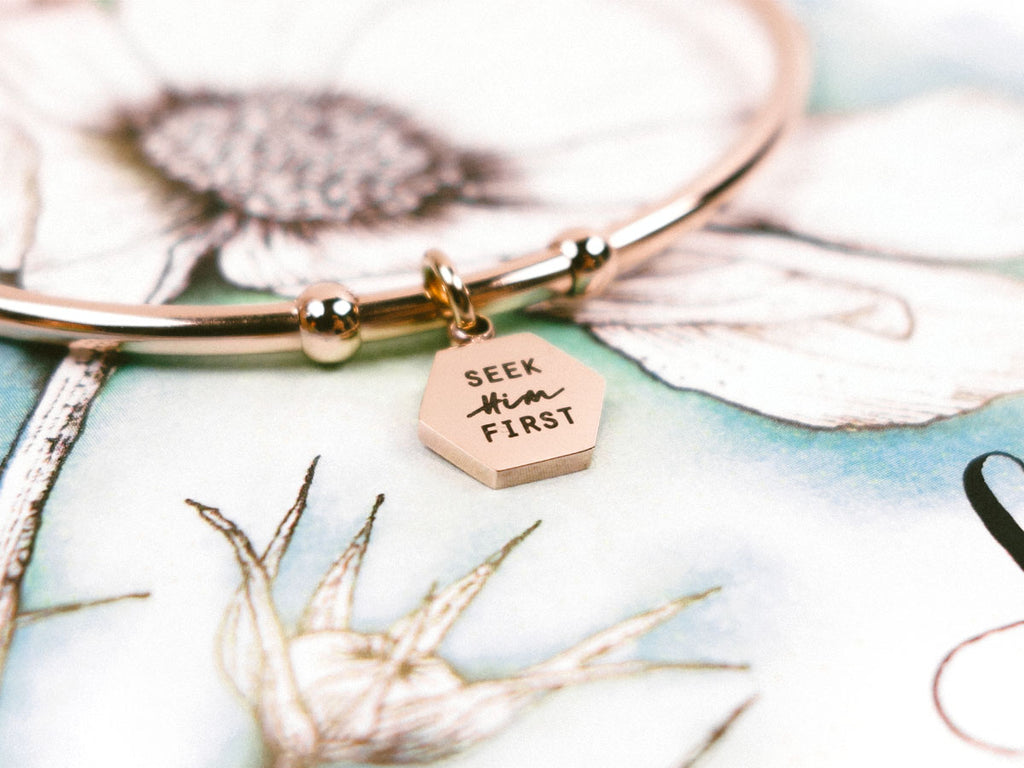 Seek Him First Customised Round Hexagon Bracelet in rose gold