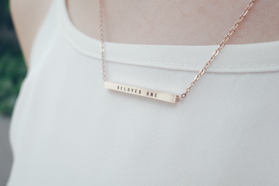 Beloved One Customised Bar Pendant Necklace in Rose Gold